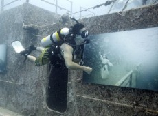 Shipwreck Art Gallery by Andreas Franke 5