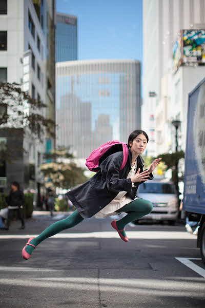 japanese girl levitates natsumi hayashi 9 jpg